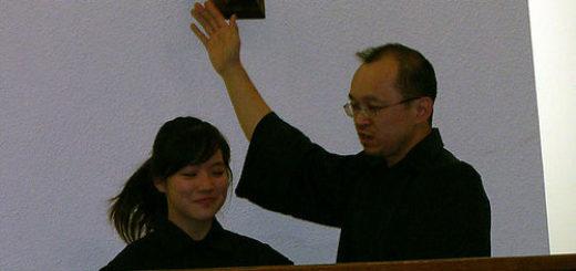 Femme baptisée (illustration) - 'tiffany dunked' http://www.flickr.com/photos/48889042674@N01/1480973 Found on flickrcc.net