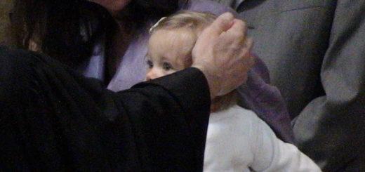 Une enfant baptisée - Photo SHP