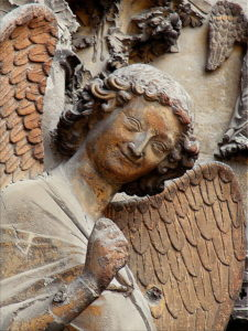 illustration - statue représentant un ange souriant http://www.flickr.com/photos/8545333@N07/2674149375