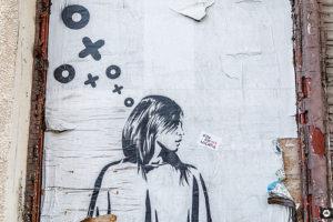 street-art femme en pleine réflexion (illustration) - Image: 'Streetart - Berlin | #VFBLN' http://www.flickr.com/photos/139313307@N04/27102876178 Found on flickrcc.net
