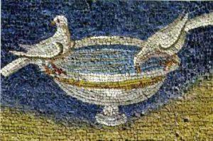 image chrétienne des premiers siècles : colombe buvant dans une vasque