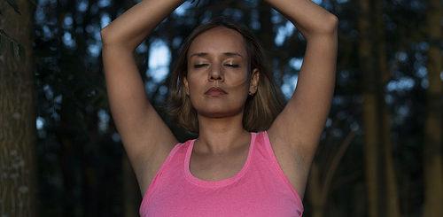 Illustration de yoga - Image: 'Yoga con Joana' http://www.flickr.com/photos/145438564@N04/41653507061 Found on flickrcc.net