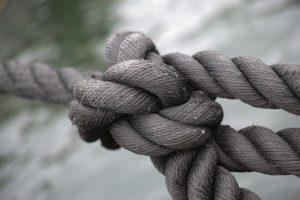 Illustration : différntes cordes nouées ensemble - Image parengin akyurt de Pixabay