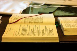 Un lectionnaire - Image parThomas B. de Pixabay