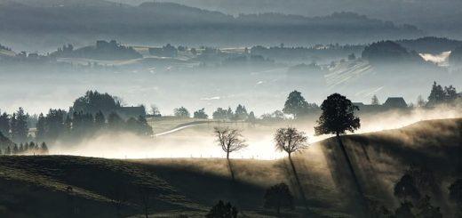 La Suisse à l'aube - Image par David Mark de Pixabay