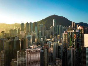 gratte-ciel à l'aube - Image par nextvoyage de Pixabay