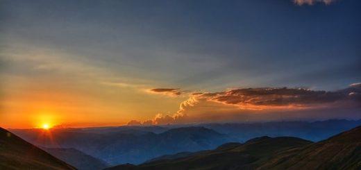 aube en montagne - Image par RÜŞTÜ BOZKUŞ de Pixabay